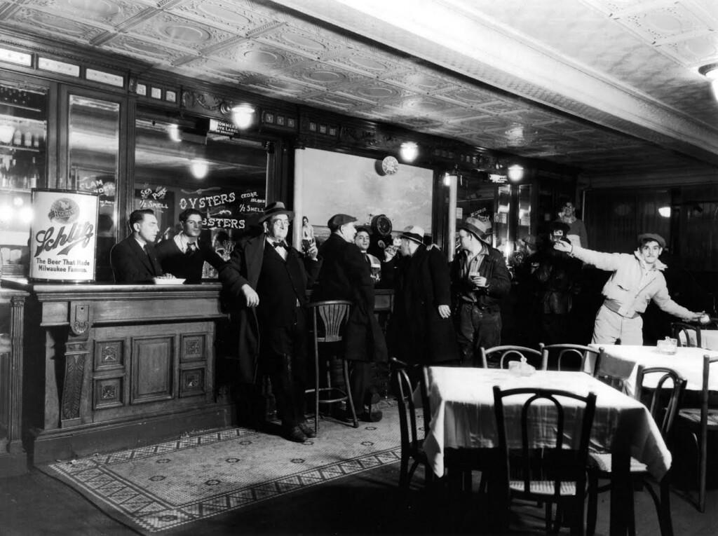 Vintage Photo of Claudio's Restaurant's Interior Bar